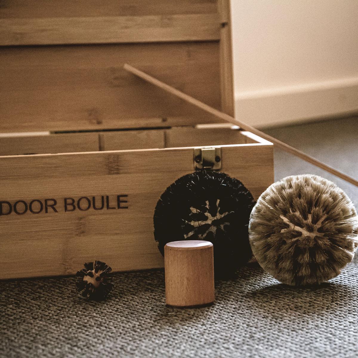 Indoor Boule Set aus Holz und Borsten
