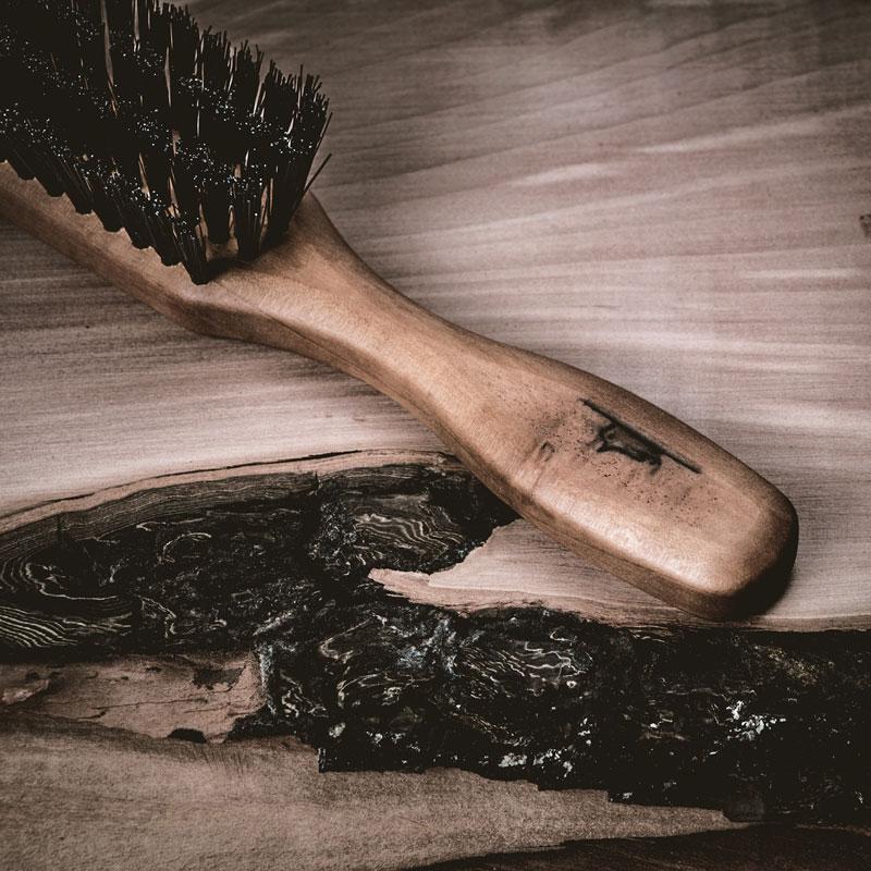 Holzmaserung Astloch - Die Schönheit der Natur - Vogel auf Bürste